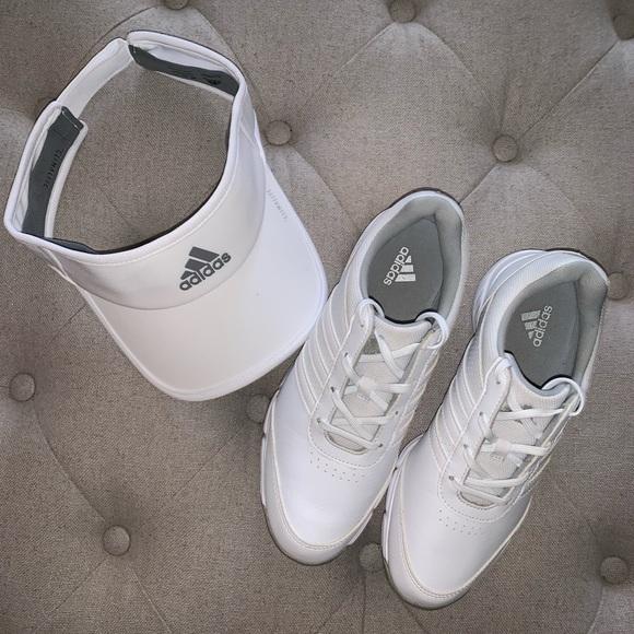 NWT golf⛳️ Women's Adidas golf shoe. Size 5.5